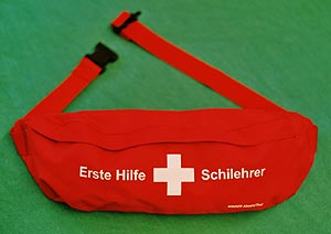 Verbandzeug Für Skischulen Und Skilehrer Erste Hilfe Aus Tirol